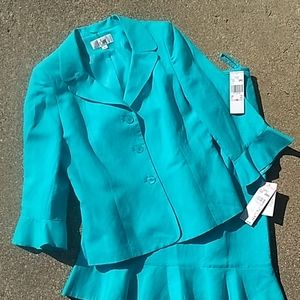 NWT Aqua Jacket Skirt set